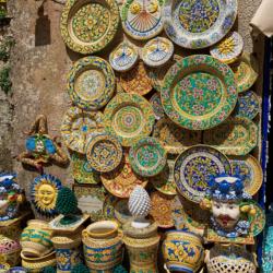 sicilian pottery - erice